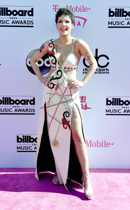 Halsey-Billboard-Music-Awards.tt.052216