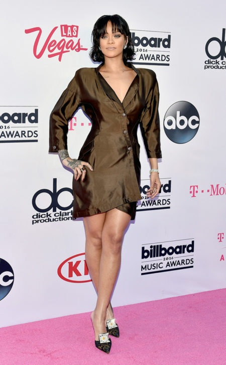 Rihanna-Billboard-Music-Awards.tt.052216