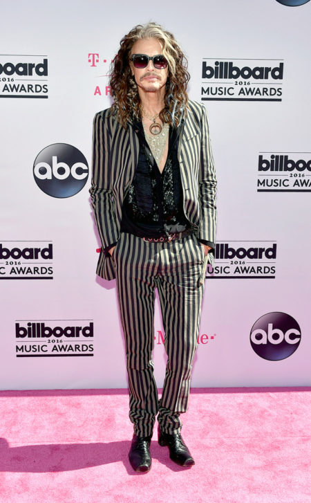 Steven-Tyler-Music-Awards.tt.052216