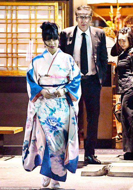 35C1BEB400000578-3664498-The_52_year_old_star_s_female_companion_wore_a_beautiful_kimono_-m-48_1467133215841