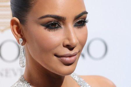 kim-kardashian-cannes-red-carpet-2016