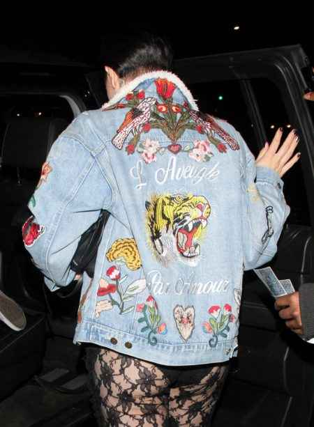 jessie-j-makes-a-bold-fashion-statement-while-grabbing-dinner-05