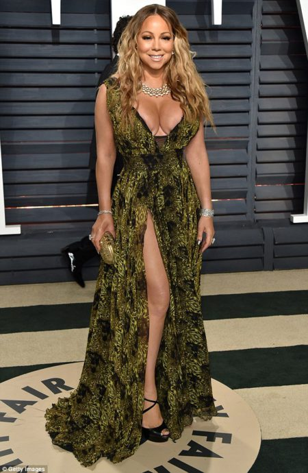 mariah_carey_46_seemed_pleased_to_be_back_on_home_turf_-m-89_1488185334557