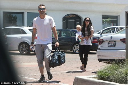 404949c700000578-4503446-strong_couple_the_actress_was_joined_by_husband_brian_austin_gre-a-3_1494716319376